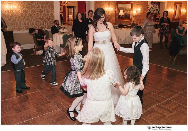 Bride dancing in wedding reception 1