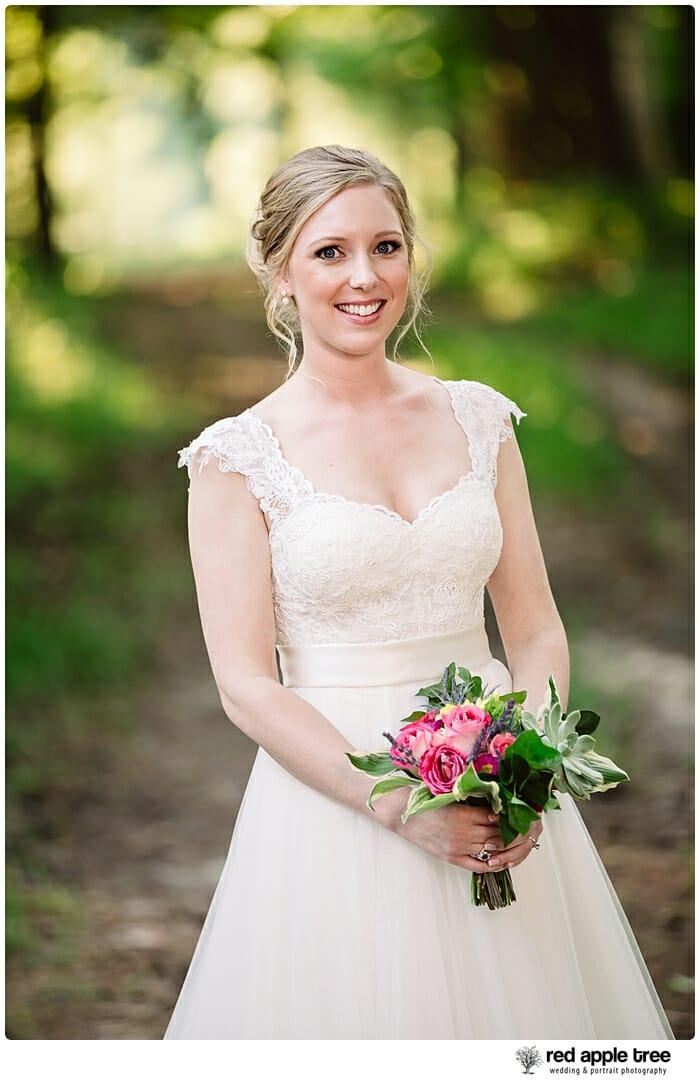 Bridal Portrait Bride with bouquet 1