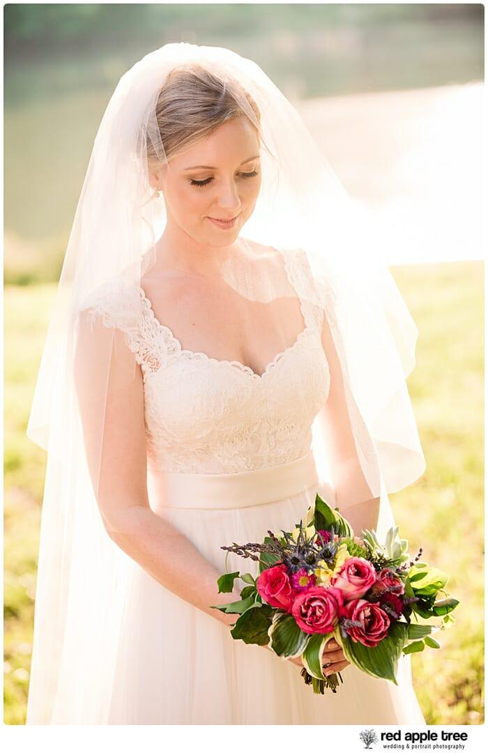 Bridal Portrait Bride with bouquet 3