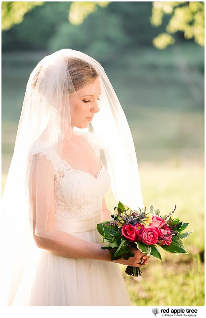 Bridal Portrait Bride with bouquet 4