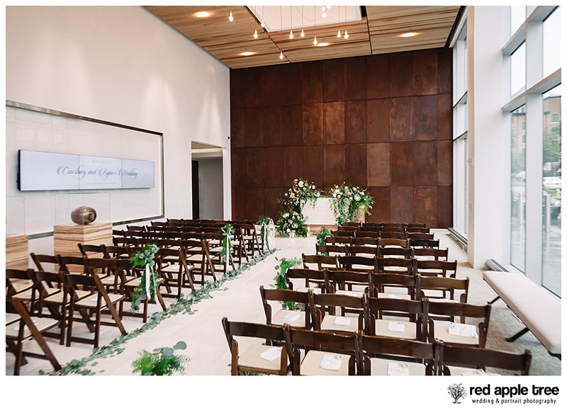 Courtney ryan wedding the avenue greenville sc with warmth glowing kindness crystal keith j carson junglespirit Choice Image